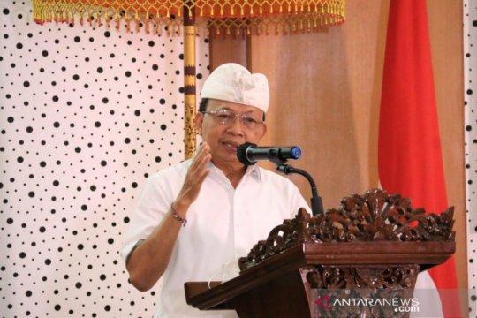 Gubernur bangga aksara Bali bisa sejajar aksara lain yang mendunia