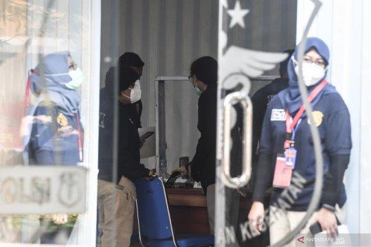 Tim DVI Polda Lampung ambil sampel DNA keluarga penumpang SJ 182