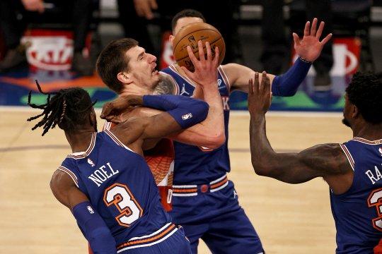 Nikola Jokic pimpin Nuggets hempaskan Knicks 114-89