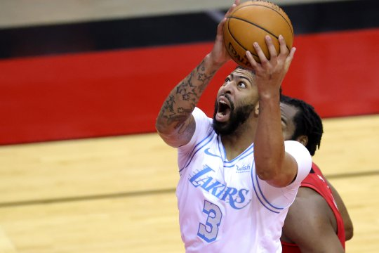 Anthony Davis antar Lakers gasak Rockets 120-102