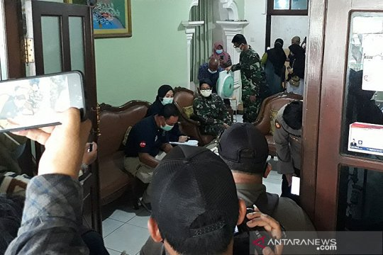 Keluarga di Kediri tunggu hasil DNA dari temuan korban Sriwijaya Air