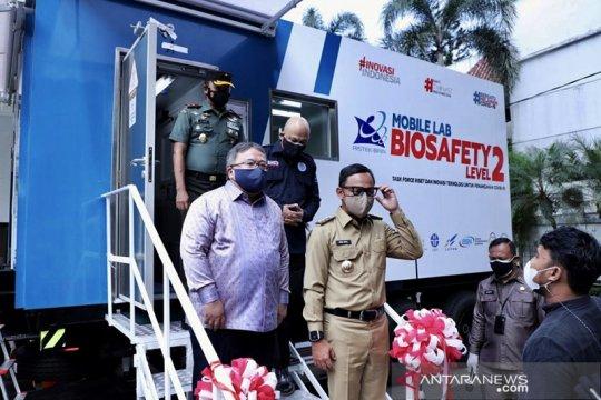 Kemristek hibahkan laboratorium mobile BSL 2 trailer ke Pemkot Bogor