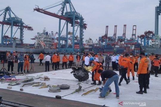 Polri kerahkan 207 personel cari serpihan dan korban Sriwijaya Air