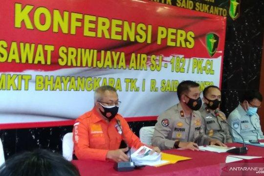 Jenazah co-pilot Fadly Satrianto dan 2 penumpang teridentifikasi