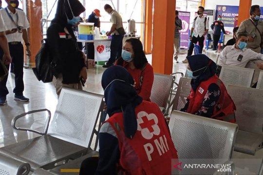 PMI beri pelayanan kesehatan untuk keluarga korban kecelakaan pesawat