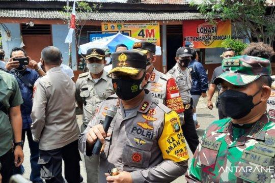 Kapolda dan Pangdam Jaya ingatkan warga  bersama-sama lawan COVID-19