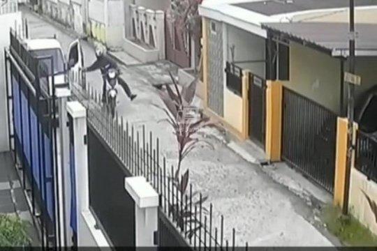 Seorang ibu jadi korban jambret di Padang, videonya viral