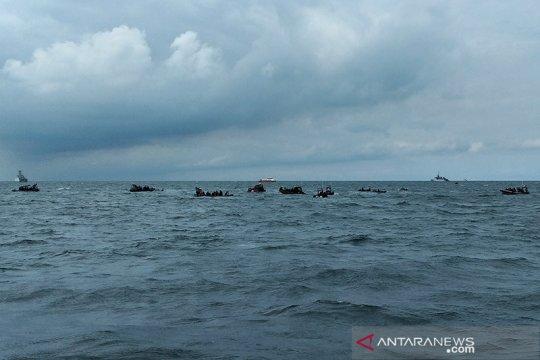 Sea Rider lanjutkan pencarian kotak hitam saat gelombang tinggi