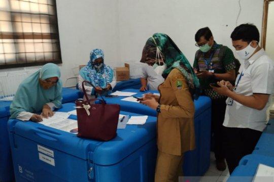Pemkot Bekasi pastikan 14.060 dosis vaksin sinovac tersimpan aman