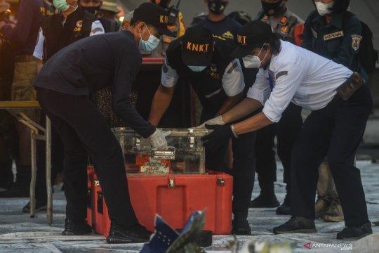 KNKT:  Butuh 2-5 hari mengunduh kotak hitam FDR Sriwijaya Air