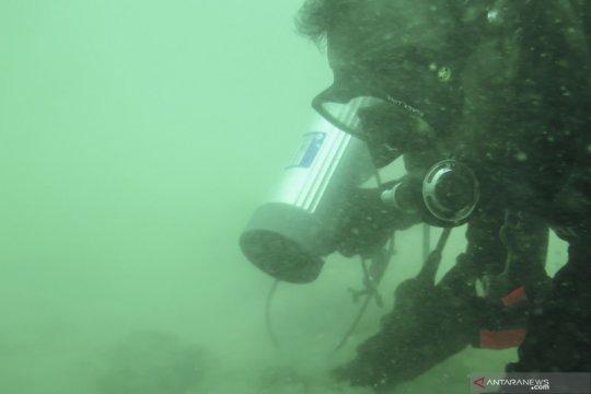 Pencarian korban dan puing pesawat Sriwijaya Air oleh pasukan Yontaifib