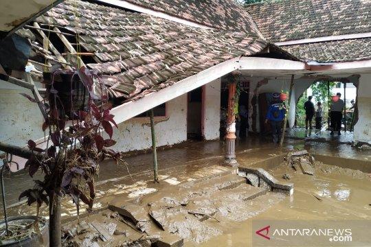 337 jiwa terdampak banjir bandang di Bangsalsari Jember