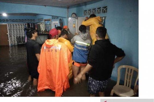 Ratusan rumah di Kabupaten Belitung terendam banjir