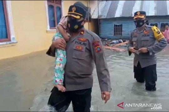32 rumah di Babel hancur diterjang banjir rob ekstrim