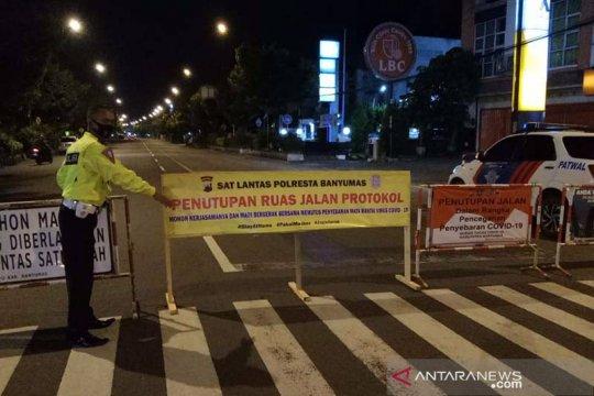 Polresta Banyumas tutup sejumlah jalan protokol Purwokerto selama PPKM