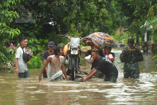 Banjir di Jember semakin meluas sampai enam kecamatan