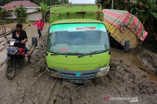 Jalan provinsi di Tanjungjabung Timur rusak