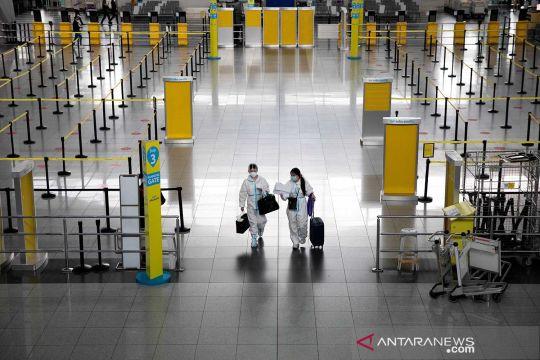 Kesibukan Bandara Ninoy Aquino di tengah pandemi COVID-19