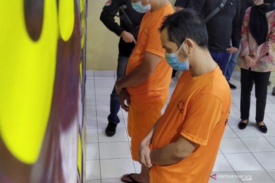 Polisi Bandung tangkap vokalis band Kapten karena sabu