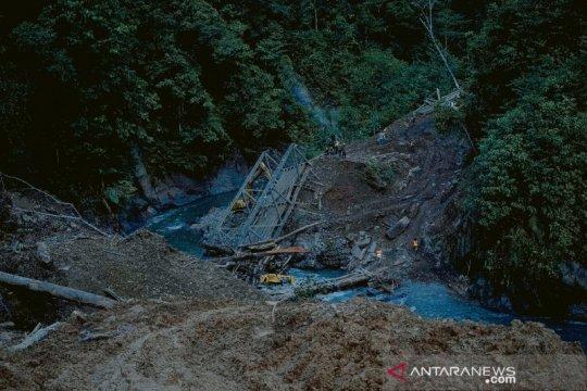 Wamen PUPR perintahkan penanganan darurat jalan trans Papua