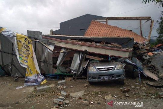 Antisipasi potensi tsunami warga pesisir tinggalkan Kota Majene