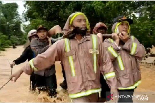 Lima orang tewas akibat tanah longsor di Tanah Laut
