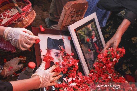 Pemakaman pramugari korban kecelakaan Sriwijaya Air SJ 182
