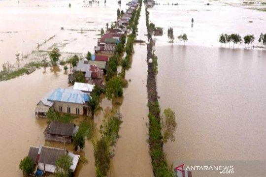 Pascabanjir HST Kalsel ditemukan lima mayat, sejumlah rumah hancur