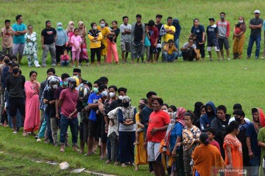 Bantuan logistik untuk pengungsi korban gempa bumi Sulawesi Barat