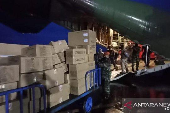 TNI AU angkut 14 ton bantuan untuk korban gempa Sulbar