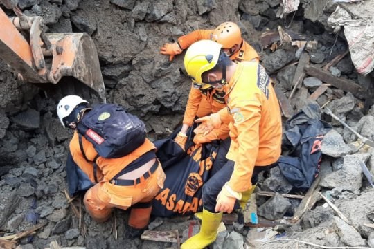 Satu lagi korban longsor Malalayang-Sulut ditemukan SAR gabungan