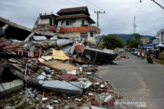 Korban jiwa gempa Sulbar bertambah 73 orang