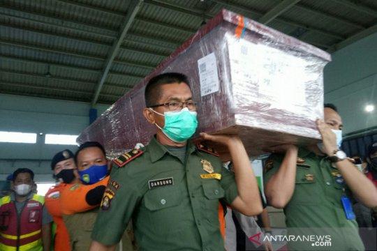 Jenazah Indah korban Sriwijaya Air tiba di Palembang