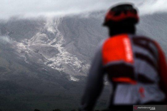 Ketua DPD imbau masyarakat waspada di tengah erupsi Semeru