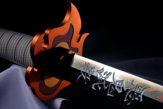 """Pedang Rengoku di """"Kimetsu no Yaiba"""" dibuat replikanya"""
