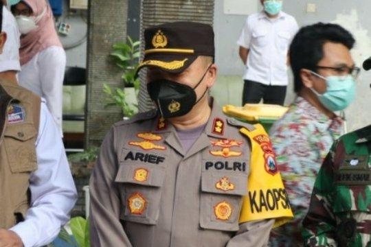 Polisi Gresik kejar penyebar hoaks vaksinasi tewaskan Kasdim 0817