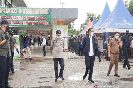 Presiden Jokowi sapa pengungsi korban banjir di Kabupaten Banjar