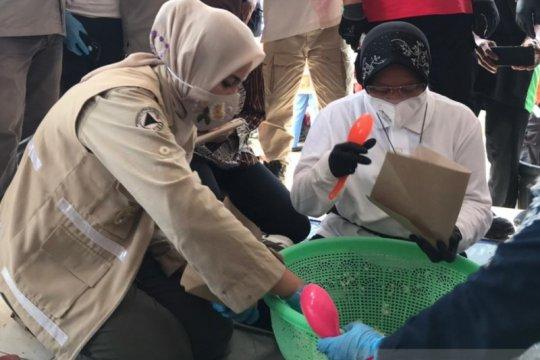 Mensos bantu siapkan makanan pengungsi banjir di Jember