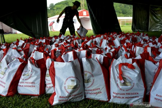 Bantuan sembako Presiden untuk korban gempa Sulbar