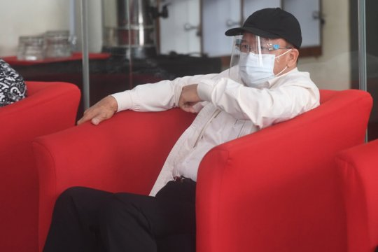 Gubernur Bengkulu dan Bupati Kaur diminta terbuka data izin benur