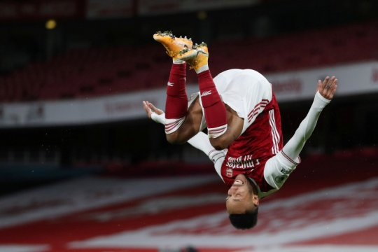 Dua gol Aubameyang bantu Arsenal tundukkan Newcastle
