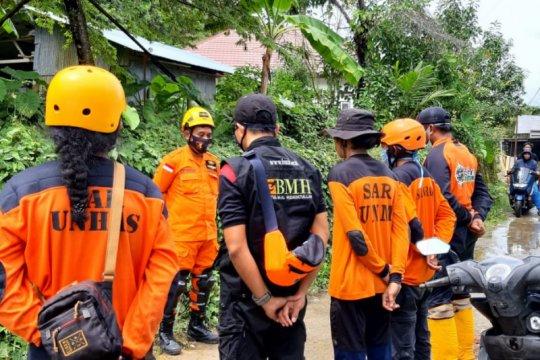 Unhas bebaskan UKT bagi mahasiswa terdampak bencana Sulbar
