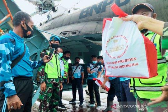 Bantuan presiden untuk korban banjir disalurkan lewat jalur udara