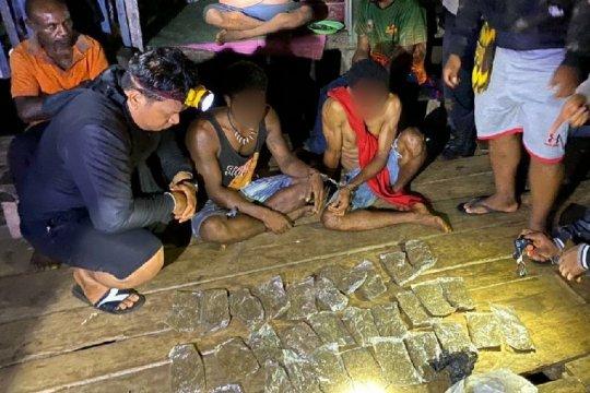 Tim gabungan Polresta Jayapura Kota tangkap pemasok ganja asal PNG