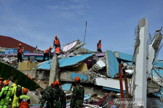 Satgas: Tim masih cari tiga korban gempa yang belum ditemukan