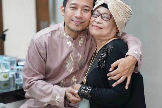 Ibunda Denny Cagur meninggal dunia