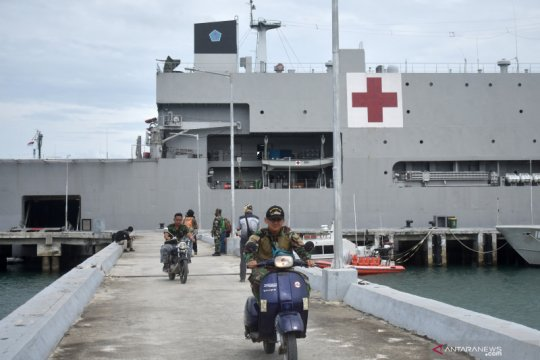 RS KRI dr Soeharso-990 siapkan layanan operasi untuk korban bencana