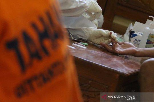 Tes diagnostik cepat COVID-19 untuk tahanan Polda Jawa Timur