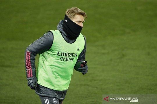 Arsenal ingin pinjam Martin Odegaard dari Real Madrid