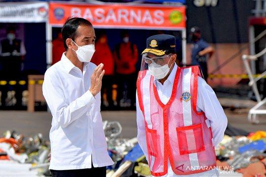 Presiden Jokowi saksikan pemberian santunan untuk korban Sriwijaya Air